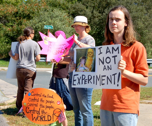 monsanto mystic ct 1 INCIDENT REPORT: Photos of the Action Against Monsanto in Mystic, CT