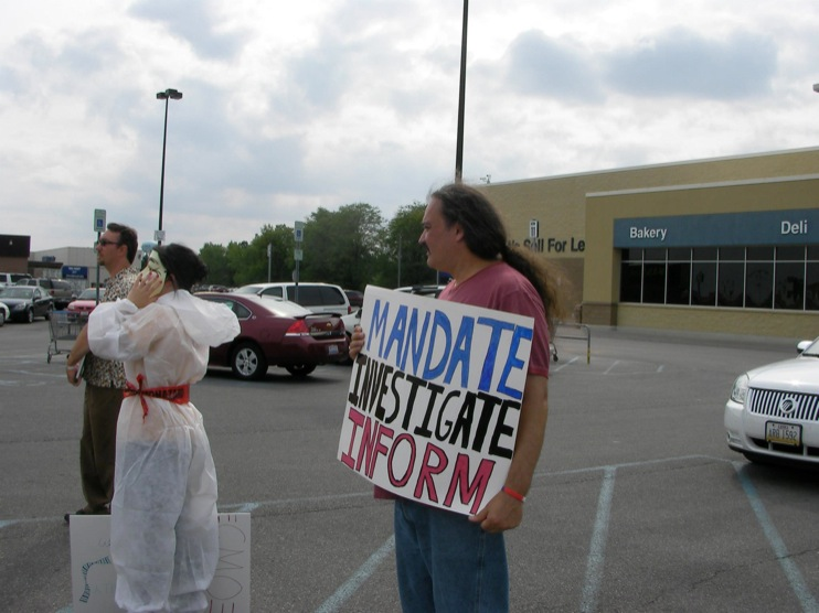 occupy monsanto defiance6 INCIDENT REPORT: Photos from GCU Field Agents outside Walmart in Defiance, Ohio Walmart Protest Parking Lot Ohio OH manager GMO Labeling GMO Corn gmo Demonstration Defiance Decontamination Event