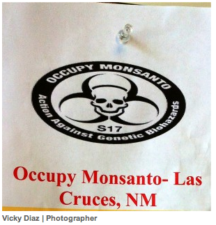 vicky diaz roundup daily The Roundup Daily: World wide protests push for labeling genetically engineered foods University Student Newspaper Roundup Daily Protest NM New Mexico State University La Cruces GMO Labeling gmo Demonstration Decontamination Event College