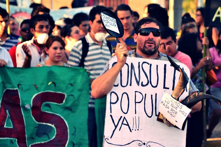 Against Monsanto Malvinas Argentinas10 [INCIDENT REPORT] Fotos de la Marcha en Malvinas Argentinas street South America Protest Mundo Millones contra Monsanto Manifestación Malvinas Argentinas Global Fuera Monsanto Direct Action Demonstration Cordoba Argentina